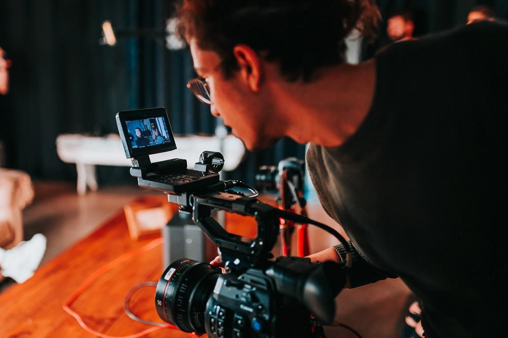 Video equipment and set-up guide